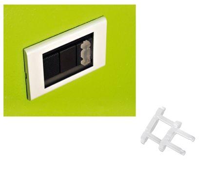 BREVI - 323 Plastová ochrana elektrických zásuviek