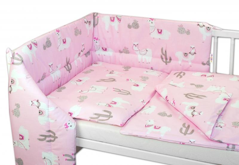 BABY NELLYS - 3- dielná sada mantinel s obliečkami 135x100cm, Lama - růžový