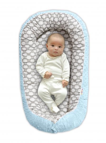 BABY NELLYS - Obojstranné hniezdočko pre bábätko Minky - Mráčik v sivej/svetlo modrá