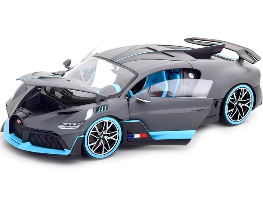 BBURAGO - Bugatti Divo 1:18 PLUS