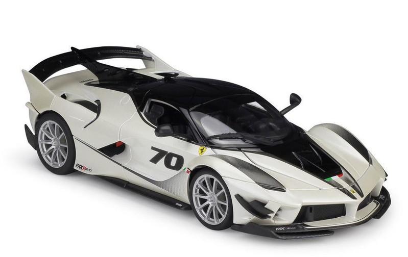 BBURAGO - Ferrari FXX Evo 1:18 White