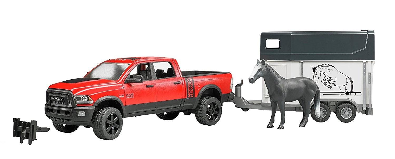 BRUDER - 2501 Jeep RAM Power Wagon s prepravníkom na kone