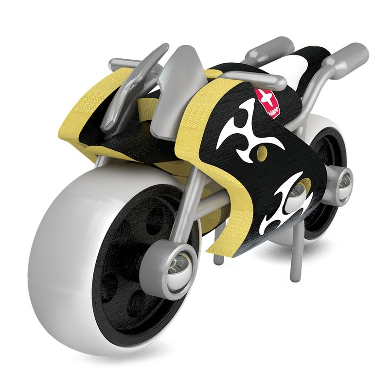HAPE - Motorka e-Superbike z bambusu