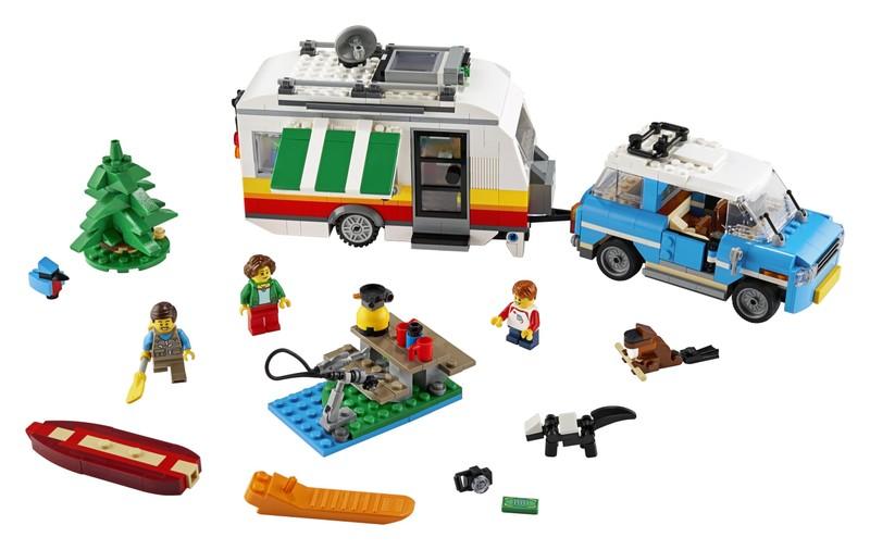 LEGO - Rodinná dovolenka v karavane