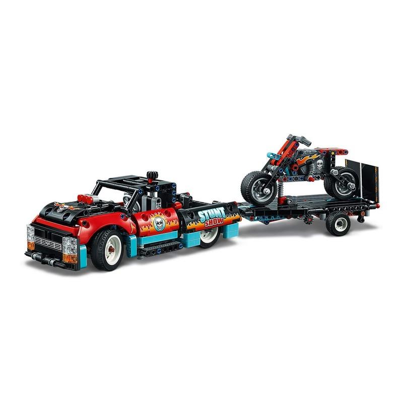 LEGO - Technic 42106 Kaskadérske vozidlá