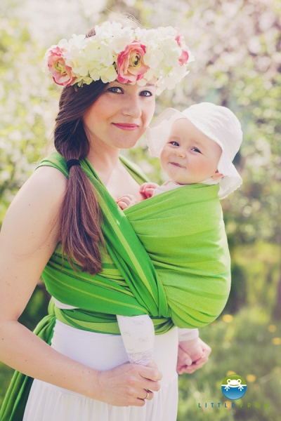 LITTLE FROG - Tkaný šatka na nosenie detí - BERYL
