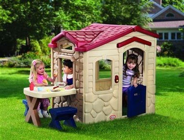 LITTLE TIKES - Domček s piknikovým stolíkom 170621