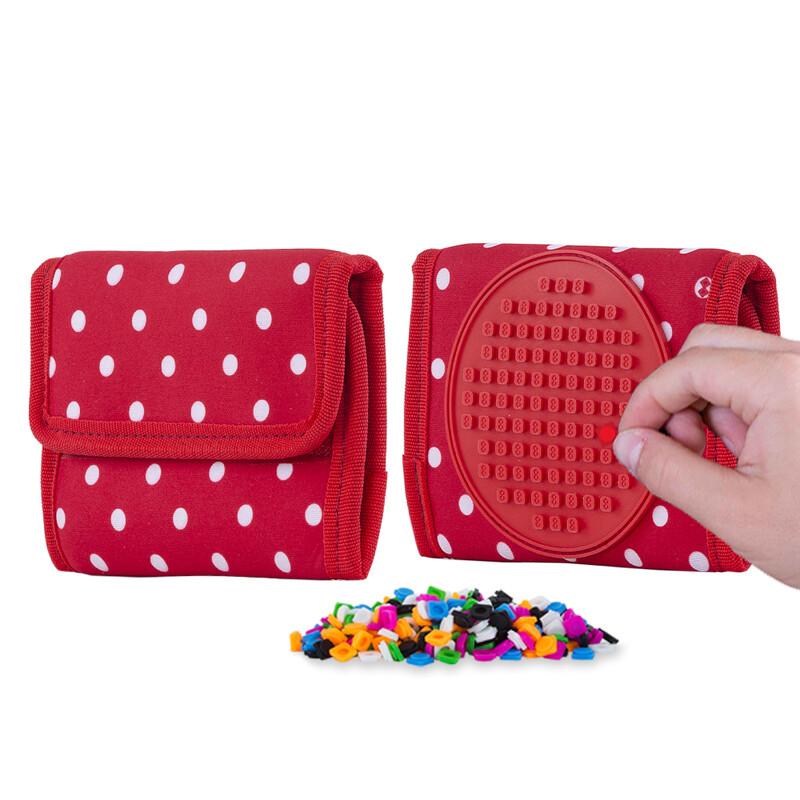 PIXIE CREW - peňaženka červená s bielou bodkou