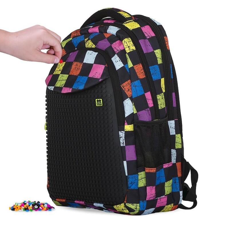 PIXIE CREW - študentský batoh FAREBNÉ KOCKY