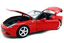 BBURAGO - Bburago Ferrari California T (Open Top) 1:18 Ferrari Race&Play