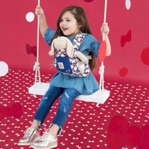 ERGOBABY - Nosič pre bábiky - HELLO KITTY -CLASSIC