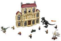 LEGO - Vyčíňanie Indoraptora na panstve Lockwoodovcov