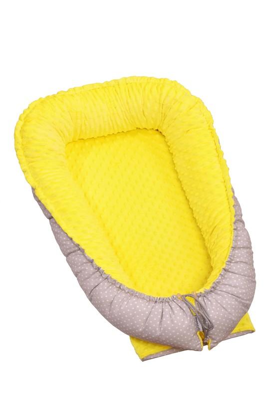 T-TOMI - Hniezdočko pre bábätko MINKY, yellow / little grey dots