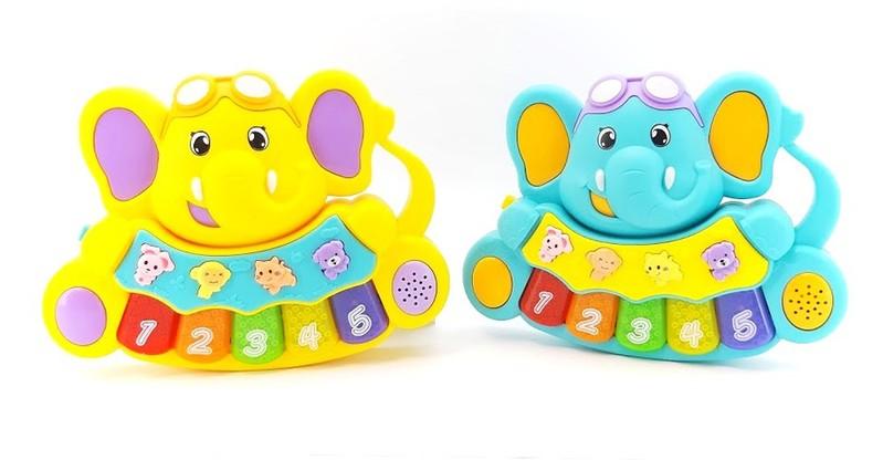 WIKY - Piano baby sloník na batérie - žltá